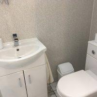 Ty'n Llan Outbuilding Bathroom