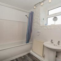 Coed Cottages Mawr Bathroom
